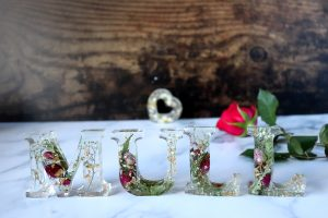 Love Mull resin letters sign
